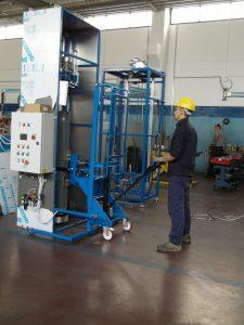 ICS1850 gázpalack belső tisztító gép gázpalack fordító és mozgató egységgel