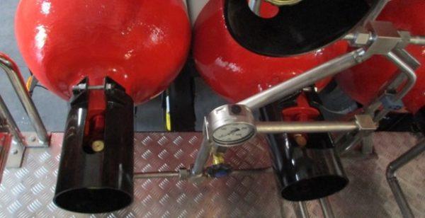 """[:hu]Gázpalack trailer Típus """"A"""" gázpalack bekötés[:en]Type A gas cylinder trailer, gas cylinder connection. [:]"""