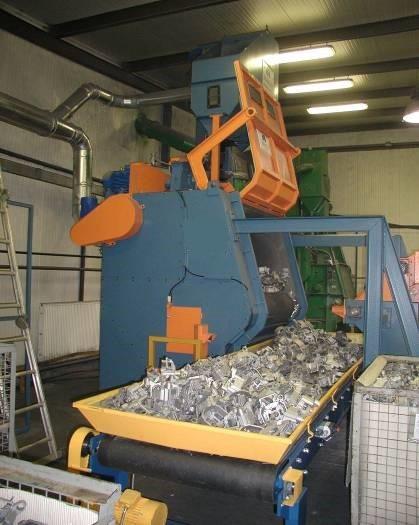 GH rubber belt shot blasting machine for spareparts unloading parts
