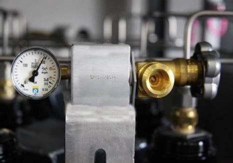 Vertical Offshore Gas Cylinder Bundle