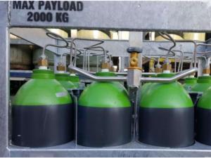 Gázpalack gyűjtőcsövezés 12 darab gázpalackhoz