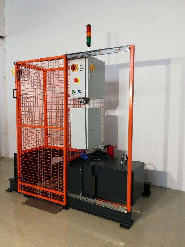 [:hu]gázpalack selejtező gép[:en]gas cylinder scrapping machine[:]